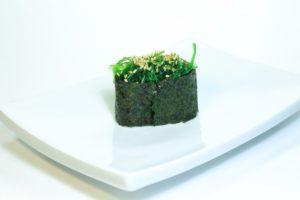 10 Чука (30 руб. 33 гр.) Салат чука, кунжут