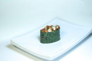 72 Унаги спайси (40 руб. 38 гр.) Угорь копченый,соус спайси